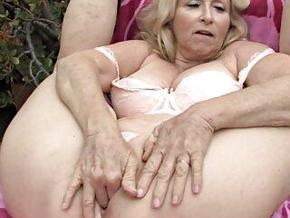 Lesbian làm cho cô bé phim sex nhat ban bo chong va nang dau đeo trên mặt trong kéo vị trí